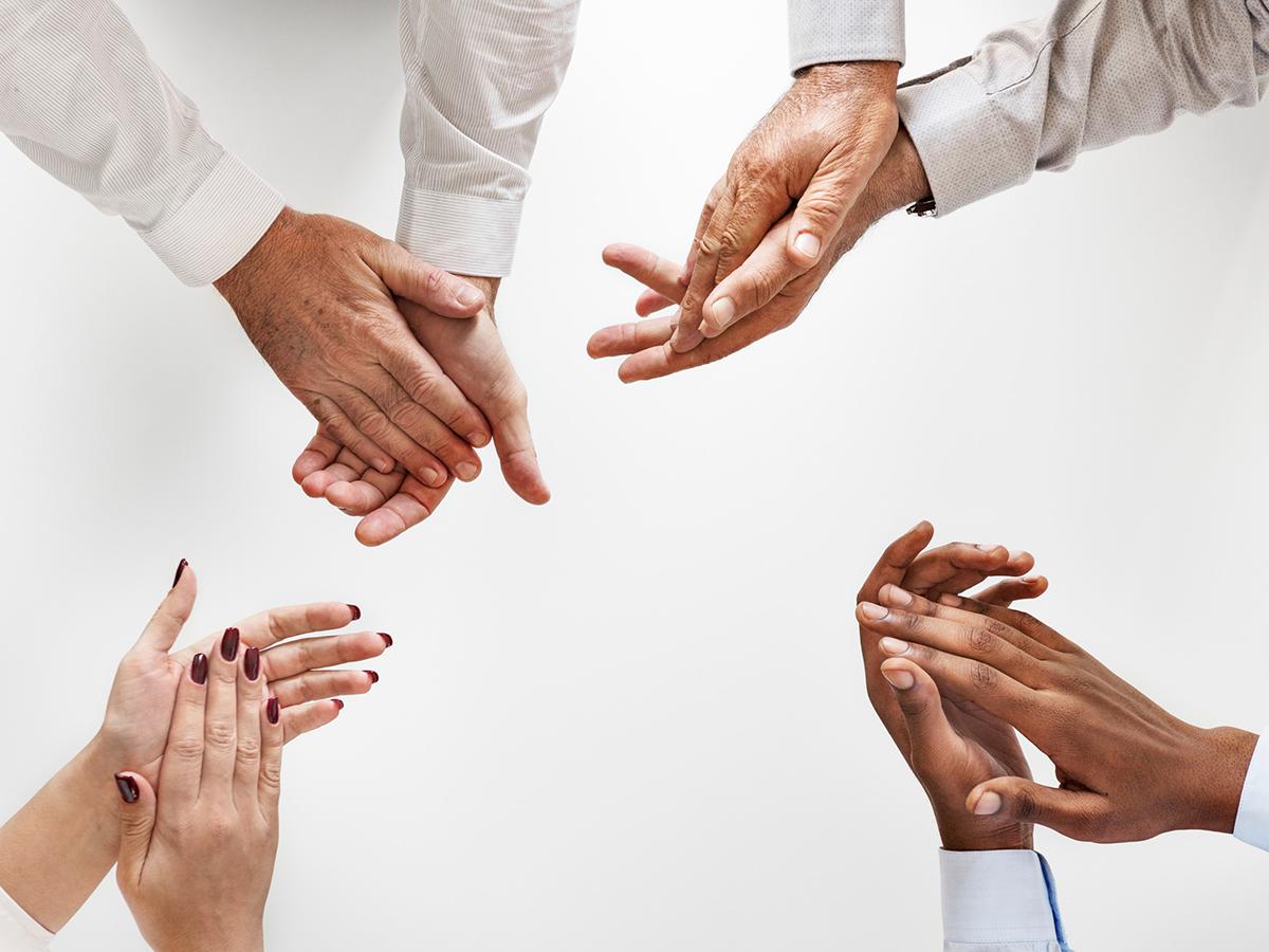 4 Expert Tips To Streamline Cross Cultural Teamwork In Remote Teams